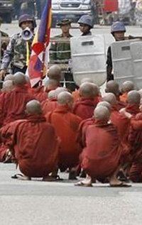 birmania_small1.jpg